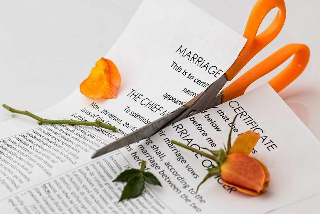 What makes couples divorce?